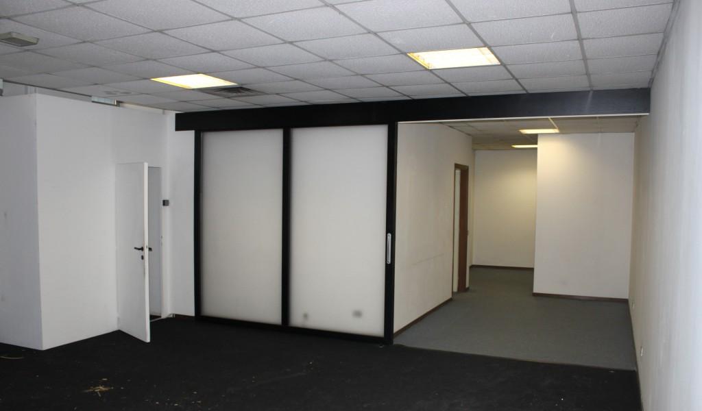 Magazzino mq 125 piano seminterrato atlantic business for Piano seminterrato