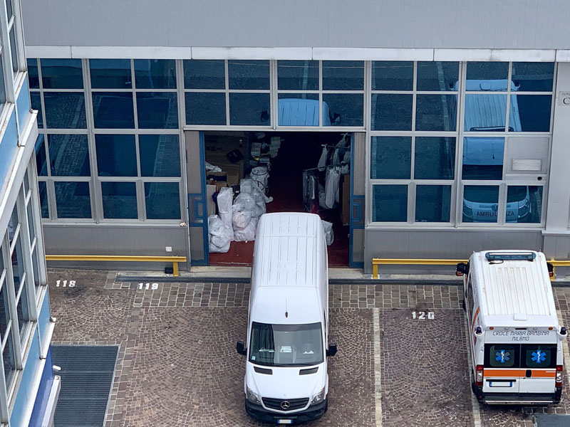 Industrial warehouse to rent in Milan - 415 sqm (4467 sqft) - Atlantic Business Center