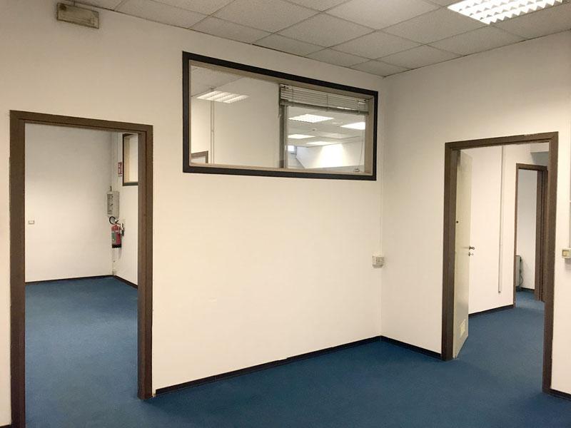 Locale 2 magazzino 100 mq in affitto a Milano zona Mecenate - Atlantic Business Center