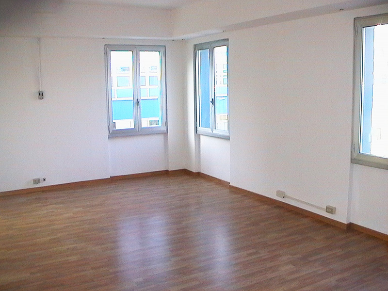 Office for rent in Milan 220 sq m (2368 sq ft) first floor Atlantic Business Center