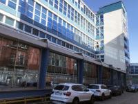 Parcheggi scoperti in affitto, in cortile laterale all'interno di Atlantic Business Center - Milano via Fantoli 7