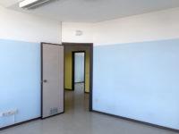 Ufficio interno lato corridoio