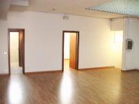 Open space dell'ufficio in affitto al primo piano di Atlantic Business Center