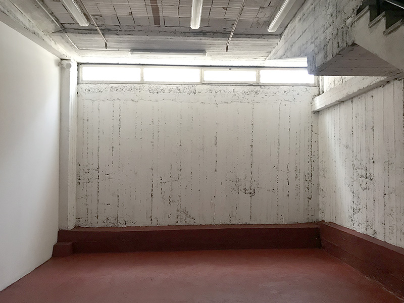 Second room archive for rent in Milan - 95 sqm (1023 sqft)