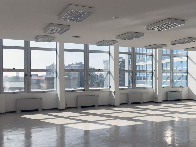 Offices for rent inside the Atlantic Business Center in Milan