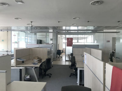 Office 310 sq m to rent in Milan