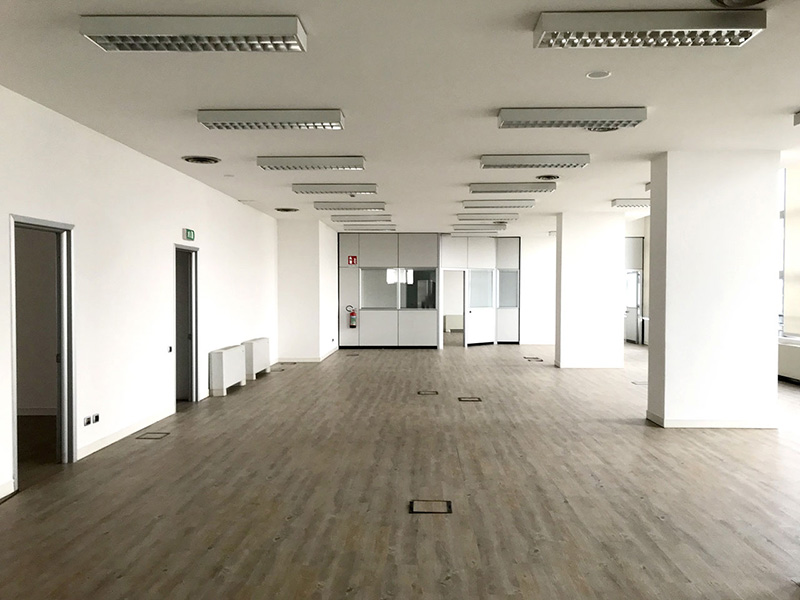 office 430 sqm (4628 sq ft) - second floor - Atlantic Business Center