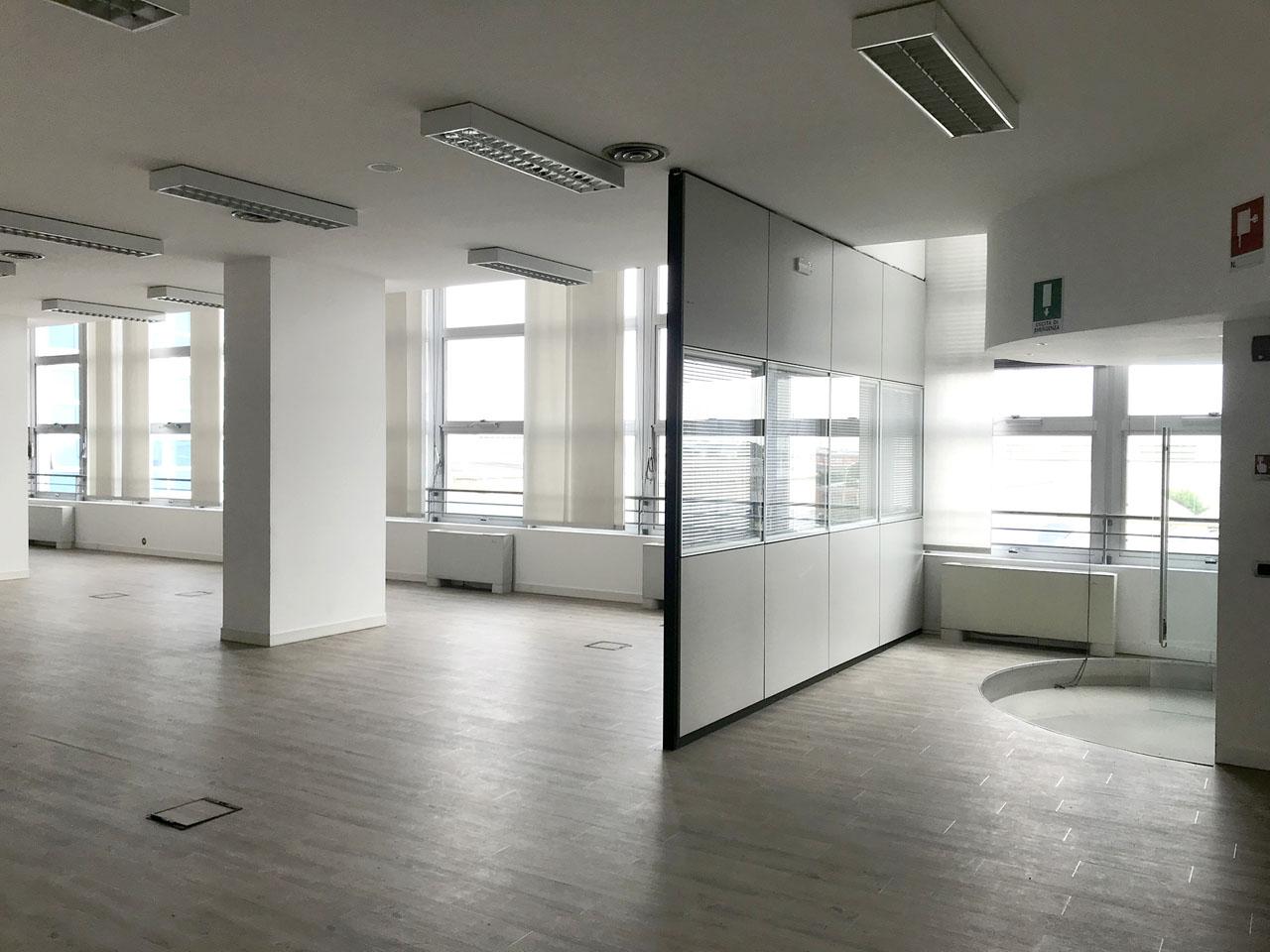 ufficio 430 mq secondo piano - Atlantic Business Center - ingresso e open space